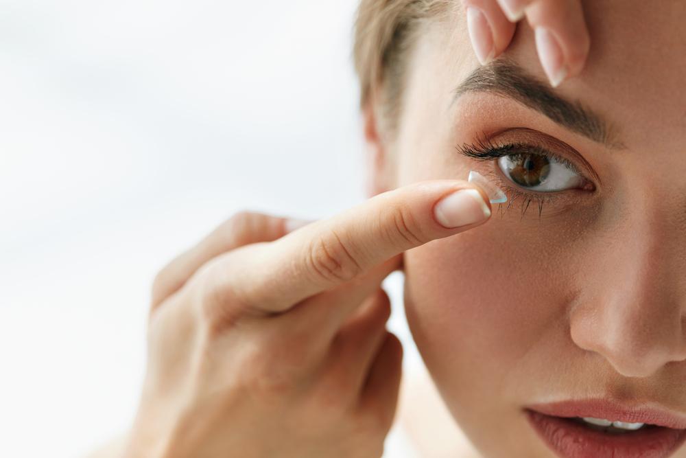Comment retirer correctement ses lentilles ?